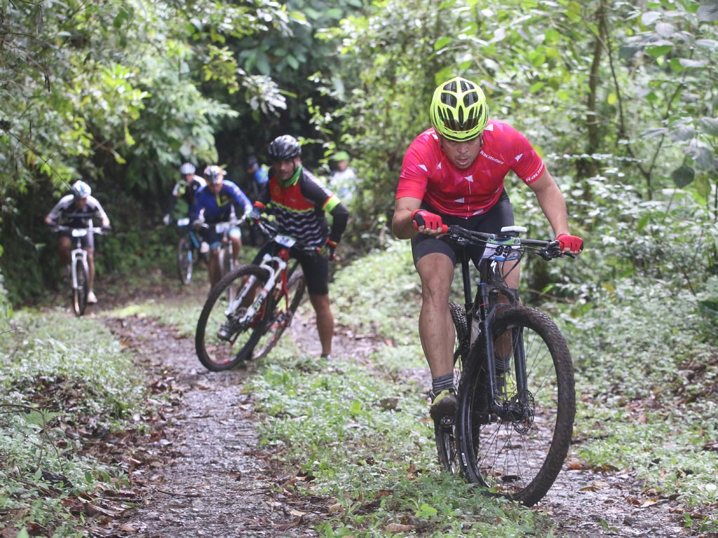 Deportistas respondieron a la ciclotravesía a favor de Corteza Terrestre