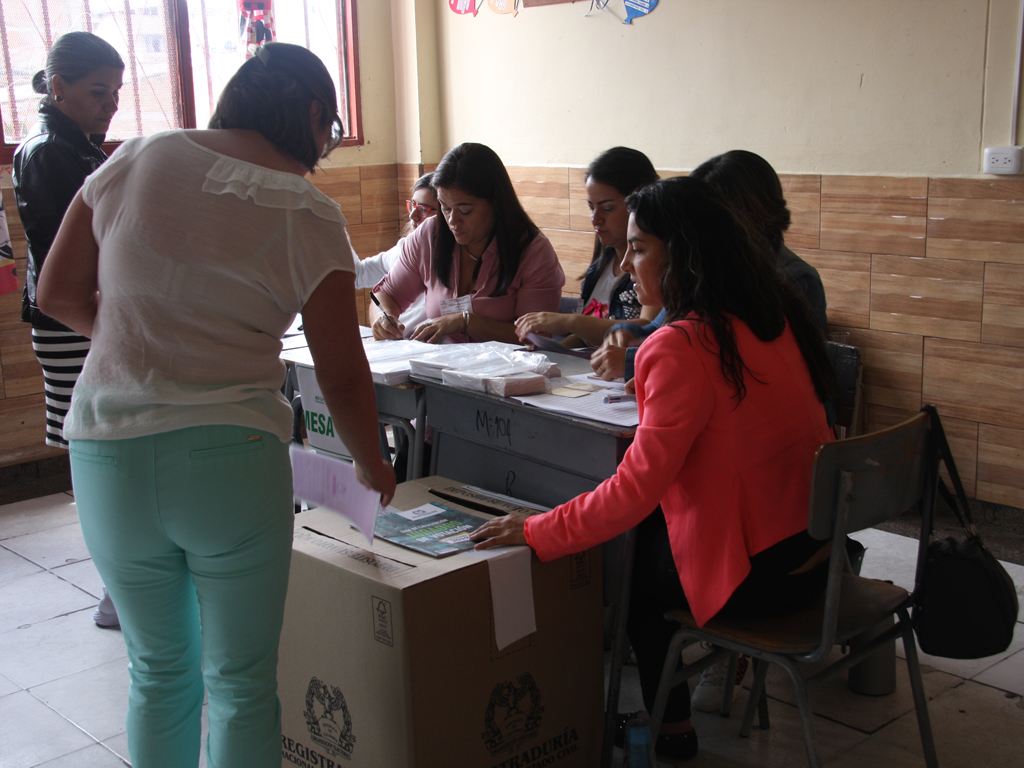 En imágenes, vea cómo transcurrieron las elecciones