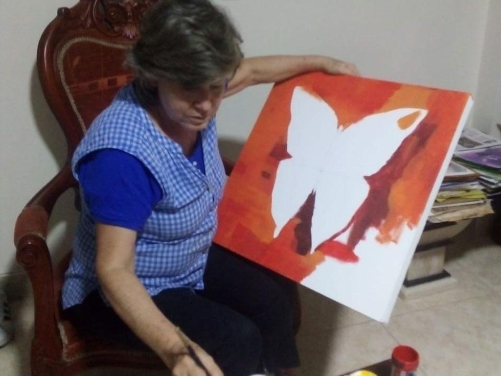 Pintando mariposas de mil colores