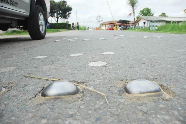 Vía Puerto Espejo una amenaza peatonal
