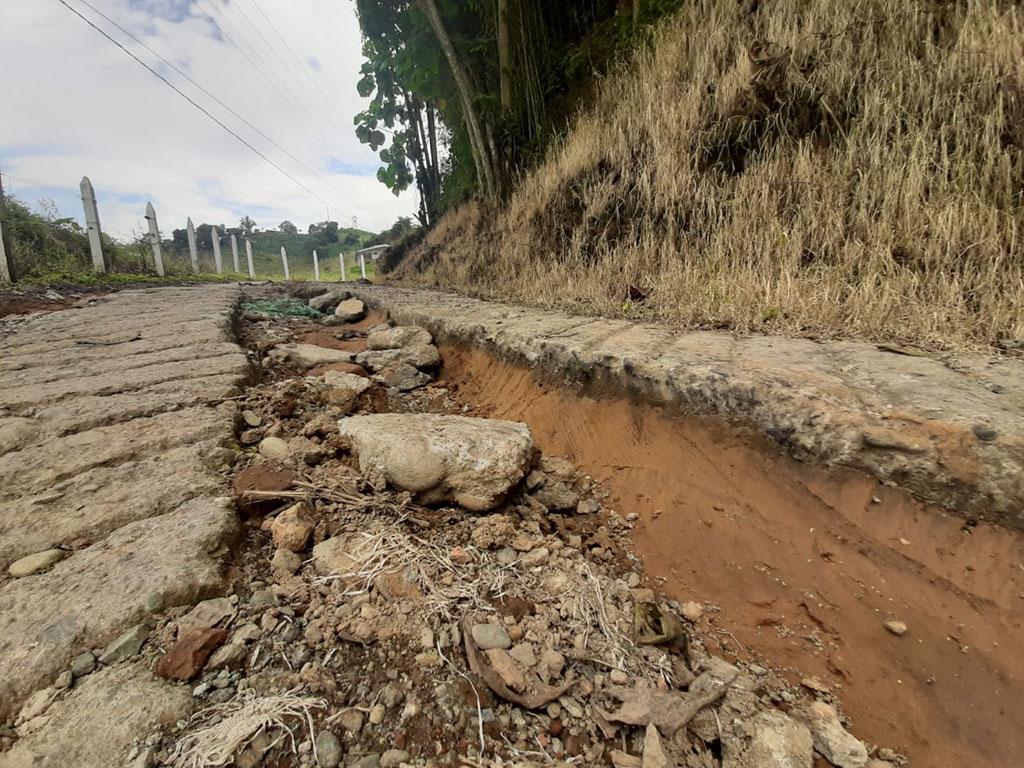 Gobernación, a la espera de un convenio para reparar las vías terciarias del Quindío