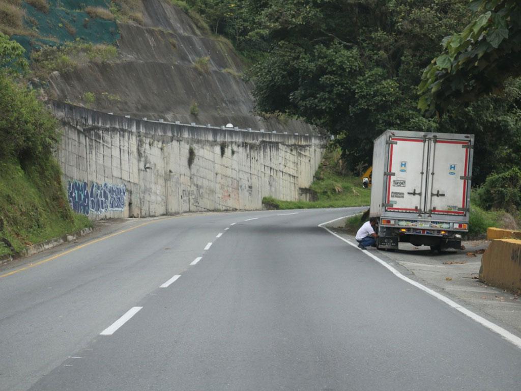 Con la apertura de vías, el comercio tiene 'línea' de vida
