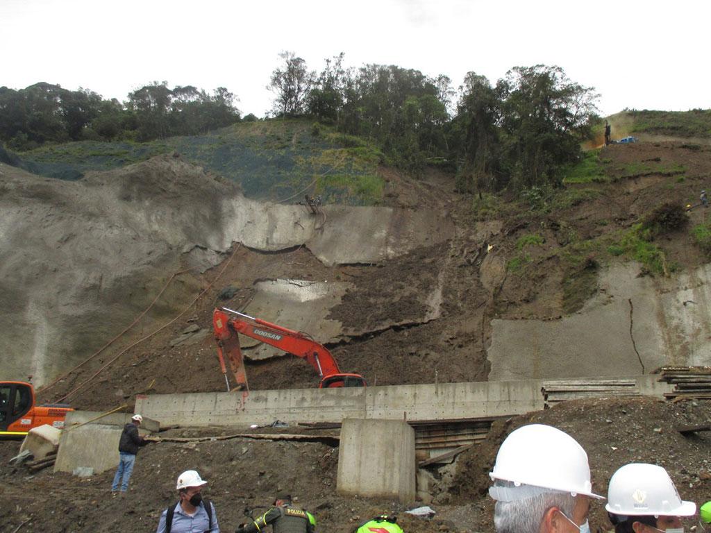 Nuevo retraso en las obras de La Línea por cuenta de la protesta nacionalLa Línea por cuenta de la protesta nacional