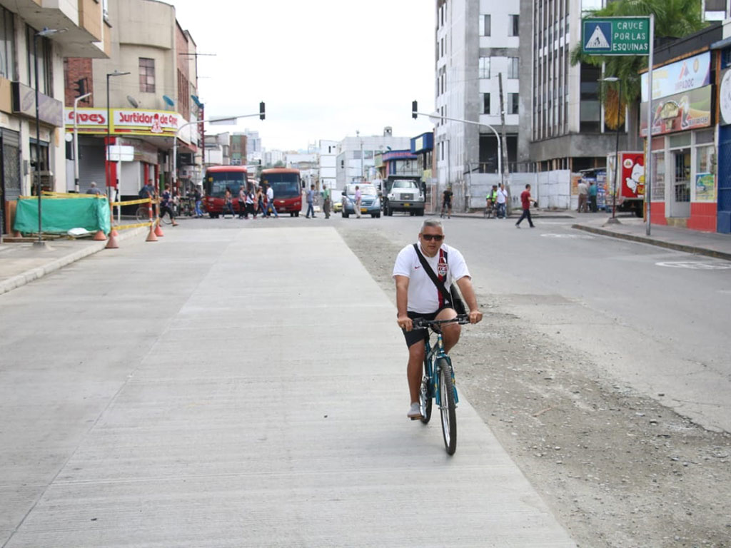 Así ha transcurrido el día sin carro y sin moto en Armenia