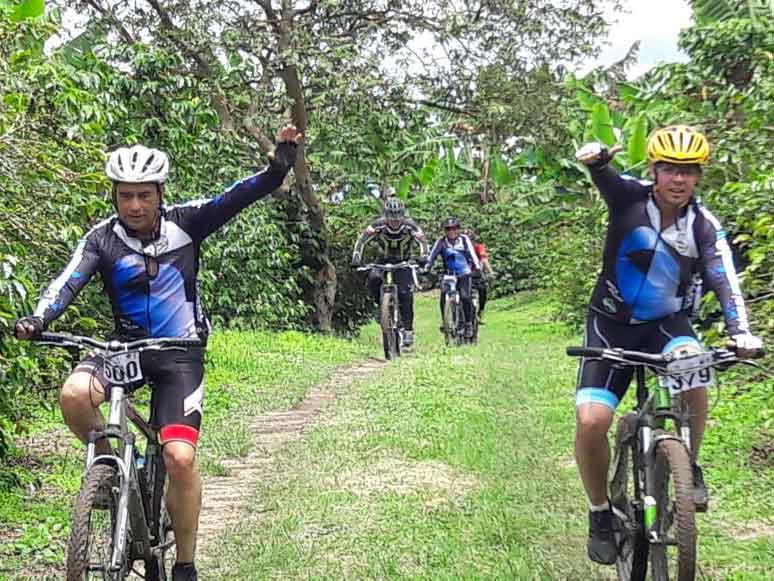 Ciclo-travesía en favor de Lazo Rosa