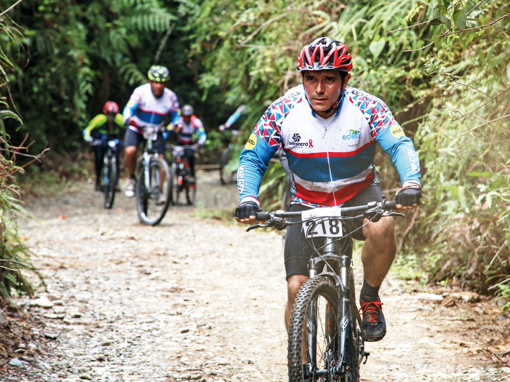 528 ciclistas contribuyeron para cumplir sueño de niños con cáncer