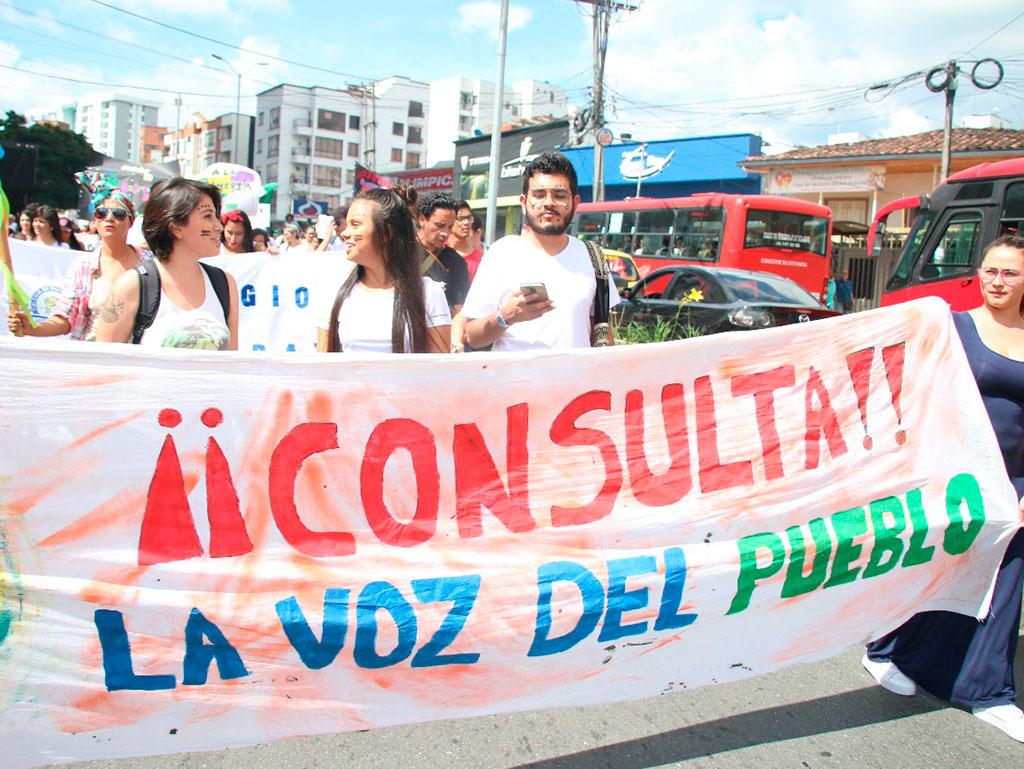 Las mejores fotos de la tercera Marcha Carnaval 'En defensa de la vida, el agua y el territorio'