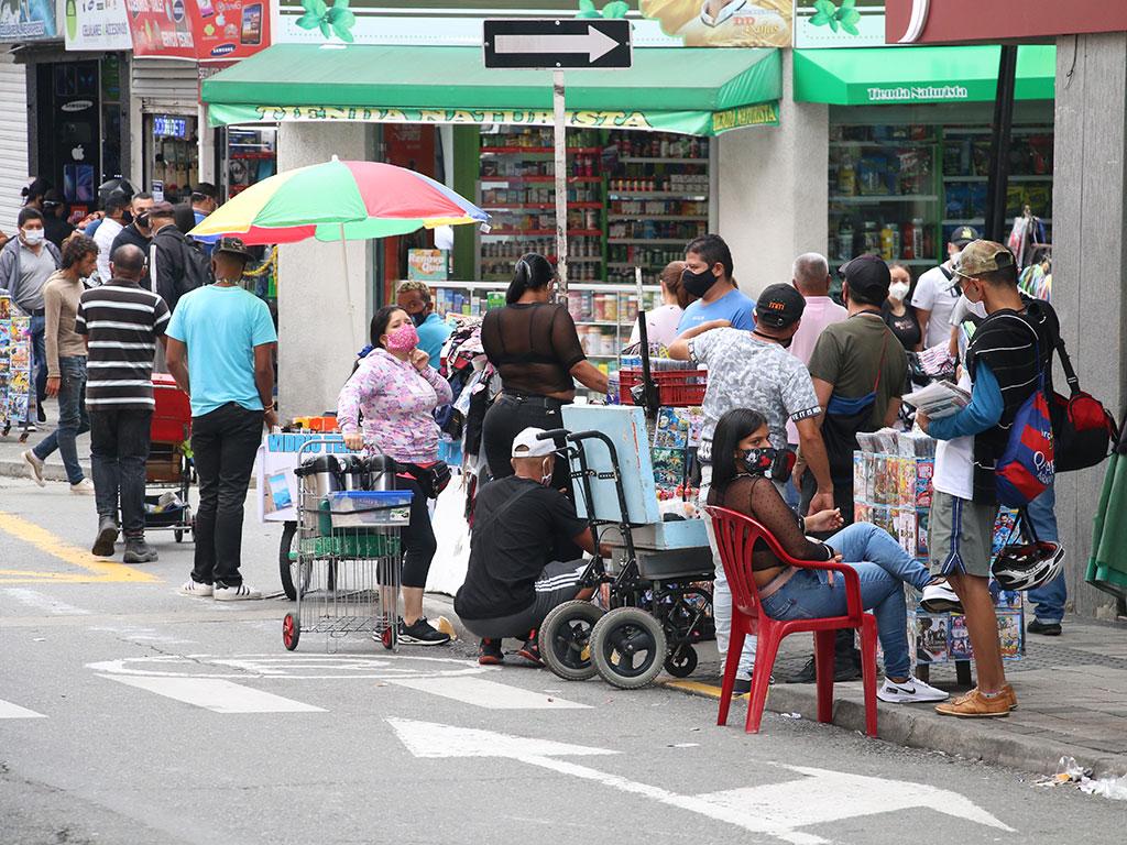 Las ventas callejeras volvieron a la 'selva de cemento' cuyabra
