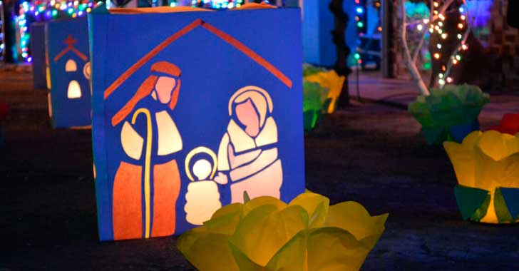 Celebración del día de Velitas en Salento