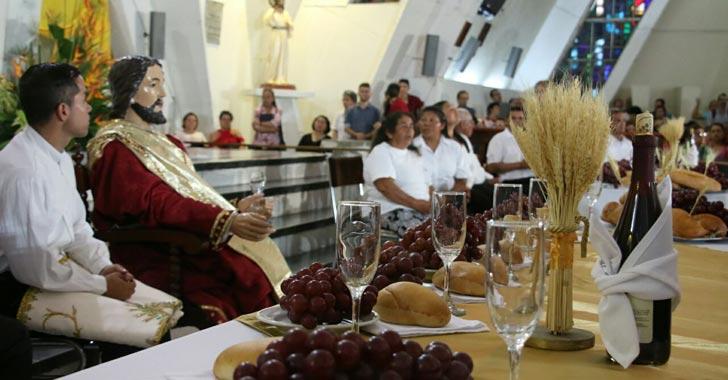 Armenios conmemoraron la última cena este Jueves Santo