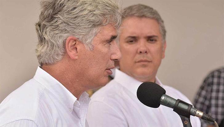 Presidente anunció salida de Juan Pablo Uribe, ministro de Salud