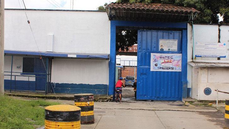 Comportamiento óptimo en la cárcel San Bernardo