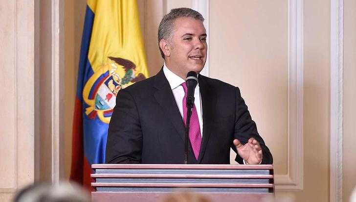 Colombianos de estratos 1 y 2 que no puedan pagar servicios públicos podrán refinanciar factura
