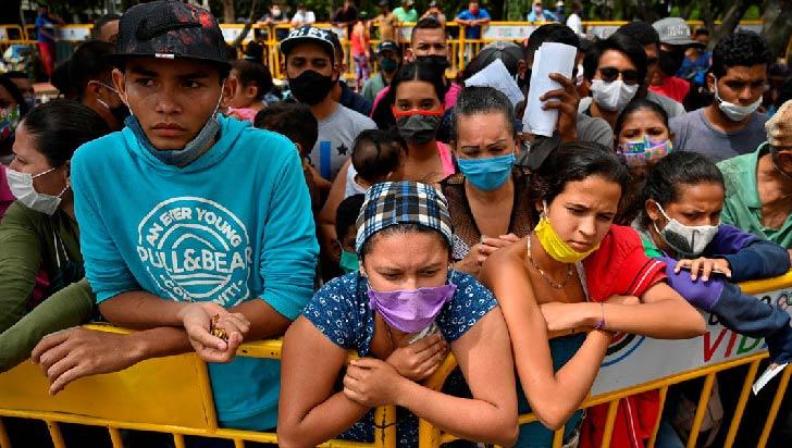 Dinero para venezolanos no llega y Colombia está en situación compleja