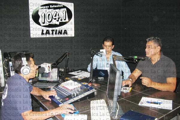 "Canaima estrena programa radial ""Manos a la obra"""