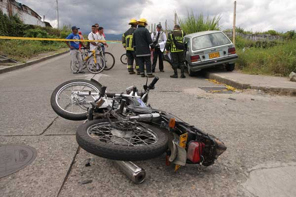 Un motociclista lesionado en accidente de tránsito
