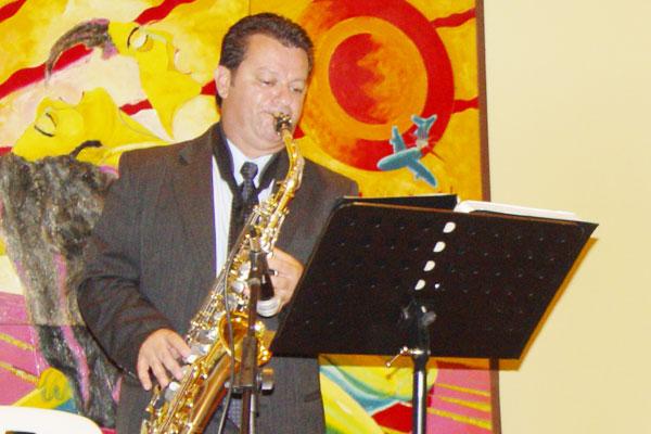 Juan José Ramírez, pasión musical por todos los poros