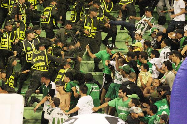 Judicialización de agresores del estadio sin resolverse