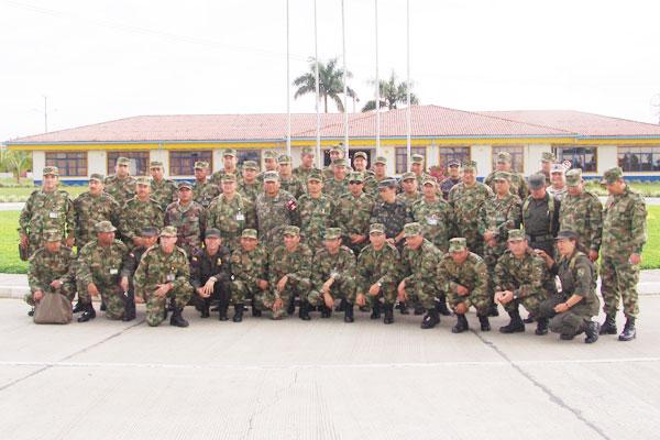 Encuentro en el batallón