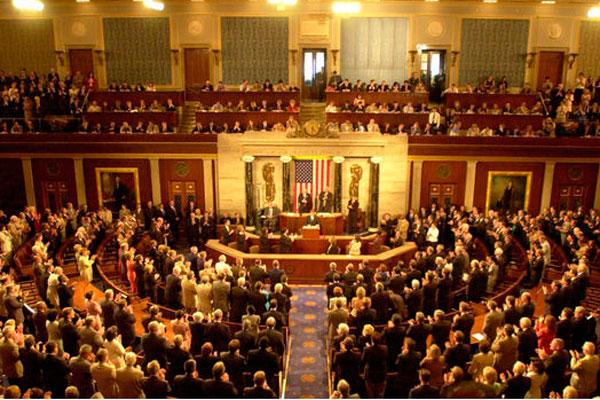 La Cámara de Representantes de EE.UU. estudia imponer sanciones a Venezuela