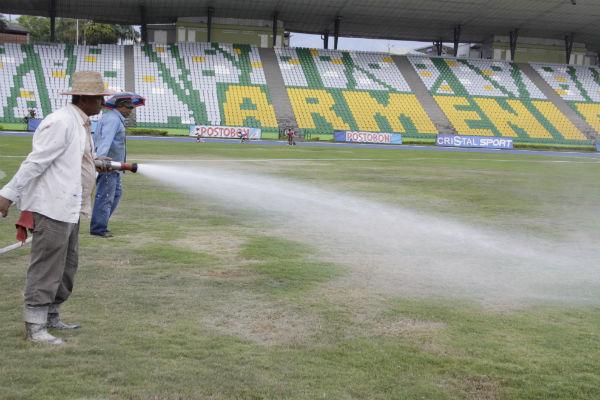 La grama fue estrenada en la Copa Mundial Sub-20 de la Fifa Colombia-2011, en la que Armenia fue protagonista.