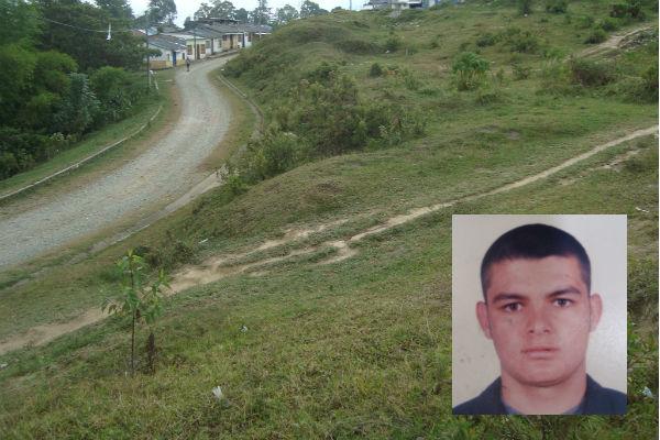 El cuerpo de Julián Andrés Giraldo Alarcón, fue hallado en el sendero entre los barrios Alto Bonito y La Esmeralda.