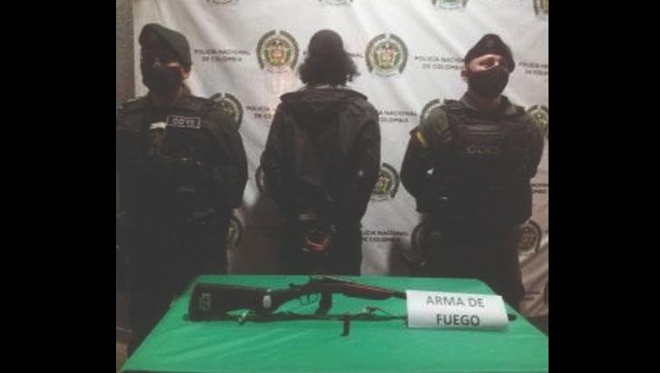 En La Tebaida Capturaron a un hombre que tenía una escopeta artesanal