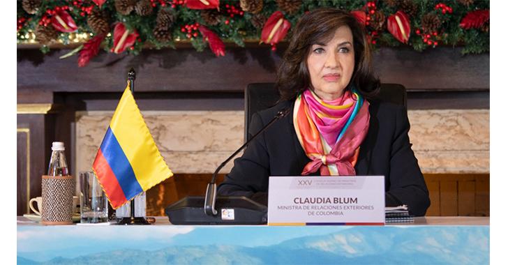 Cancillería seleccionará hasta 40 profesionales para ingresar al servicio exterior colombiano