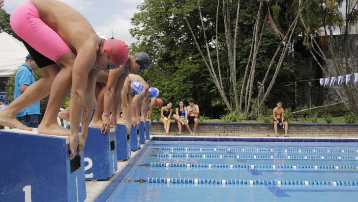 Liga de natación, sin escenario idóneo para entrenar