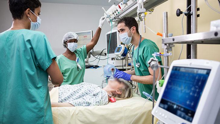 El coronavirus fue la principal causa de muerte en Colombia durante 2020