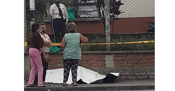 Ciudadano falleció en vía pública de Armenia