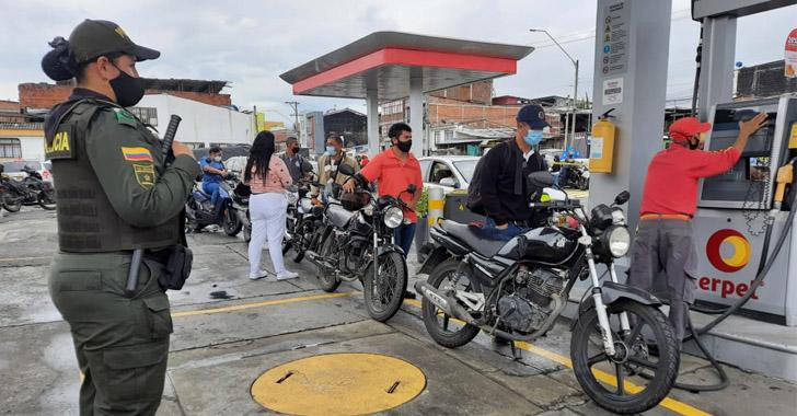 4 estaciones de servicio, habilitadas este lunes para abastecimiento de gasolina