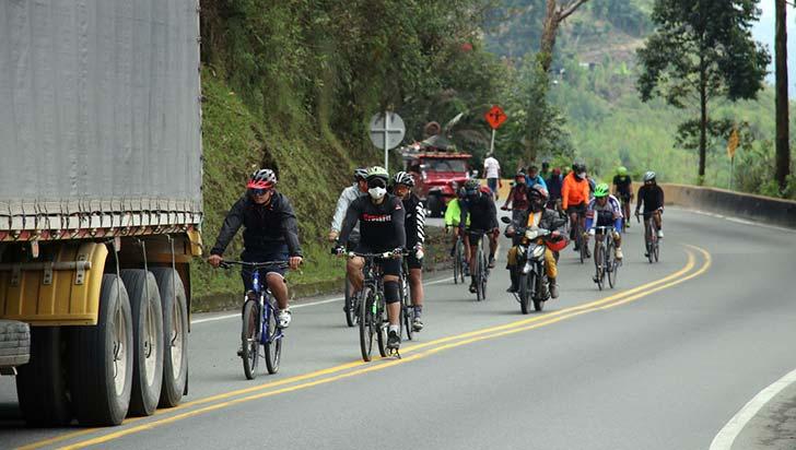 ciclismo-de-ruta-actividad-de-alto-riesgo