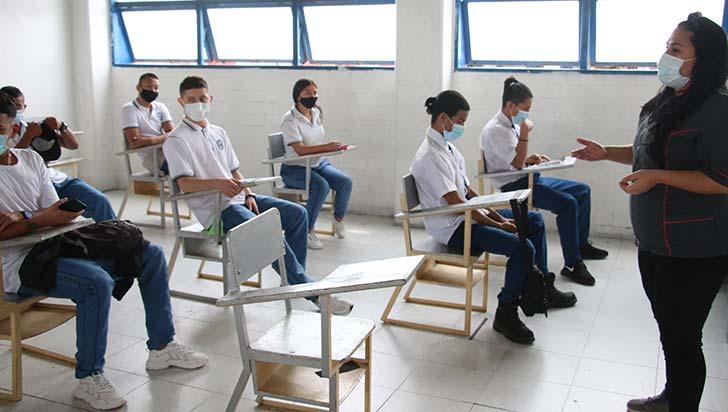 Casi el 70% de los docentes del Quindío están vacunados contra la Covid