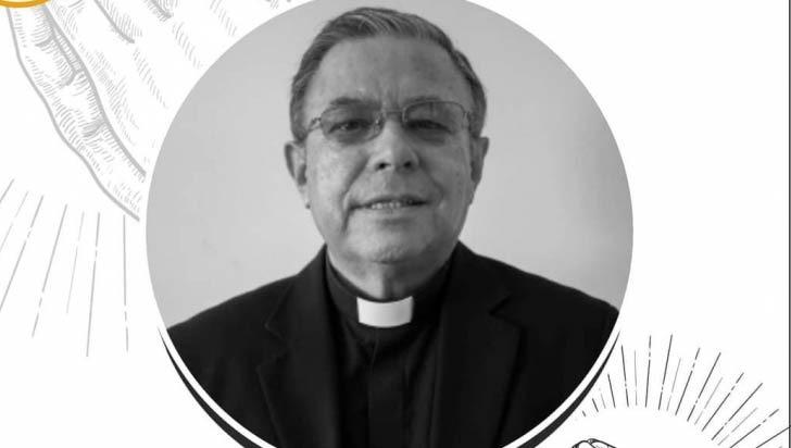 Por Covid-19, falleció presbítero Juan Bautista Álzate