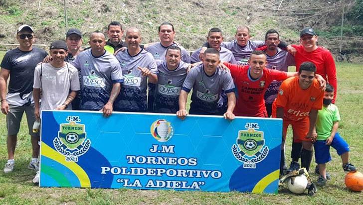 Hoy se cierran torneos en el barrio La Adiela