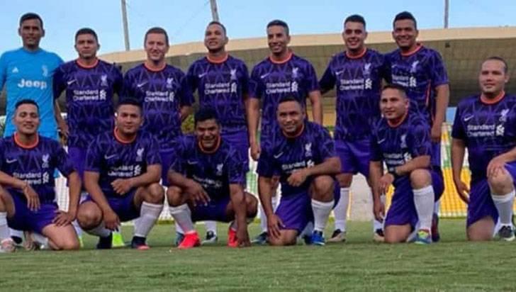 Militares y policías se integraron en torno al fútbol, en el Centenario