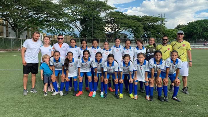 Minitas Wikam de Caldas, campeón del Zonal Centro de Fútbol Femenino