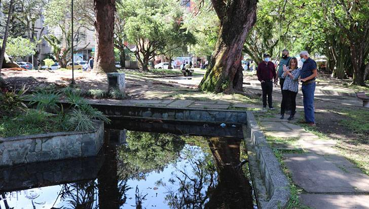 Un grupo de quindianos quiere recuperar el parque Los Fundadores