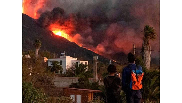 Volcanes: 'ruge' la Tierra
