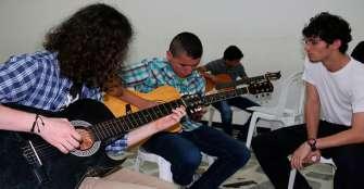 A través de la música, Calarcá busca promover futuros artistas