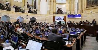 Trámite de reforma tributaria es aplazado en Senado por error de procedimiento