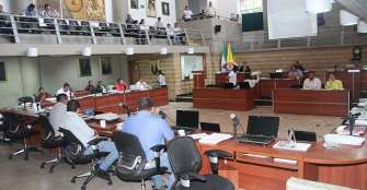 Debate de reforma tributaria de Armenia, aplazada hasta que definan ley nacional