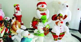 La casa de los muñecos en la Navidad