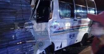 Cinco heridos dejó accidente de un bus en Armenia