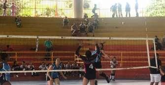 Tigres y Modena iniciaron con autoridad el dominical de voleibol