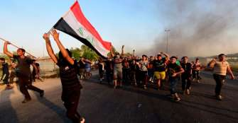 Toque de queda por COVID-19 no detiene peregrinaciones ni protestas en Irak
