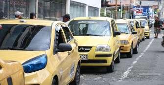 Taxistas e informales, dos caras del drama económico por el coronavirus