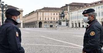 Italia permite a los niños dar un paseo acompañados de un progenitor