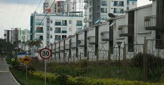 Por la emergencia sanitaria, prohíben ingreso de mensajeros a condominios